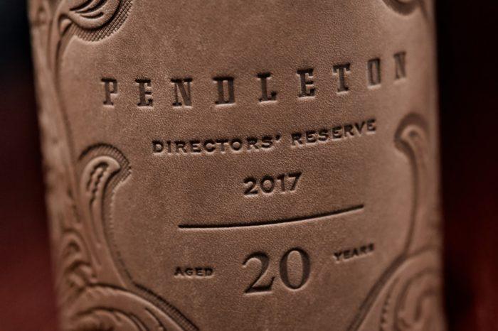 bao-bi-ruou-Pendleton-Directors-Reserve-3